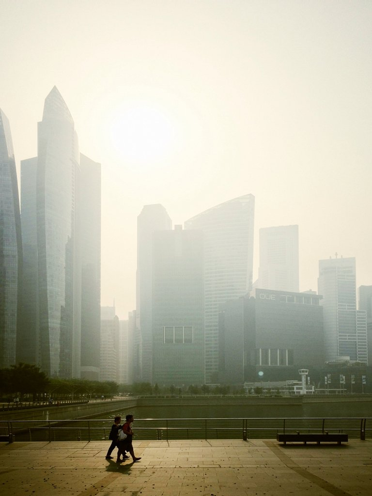 Walking-in-Hazy-Singapore-MBS.jpg