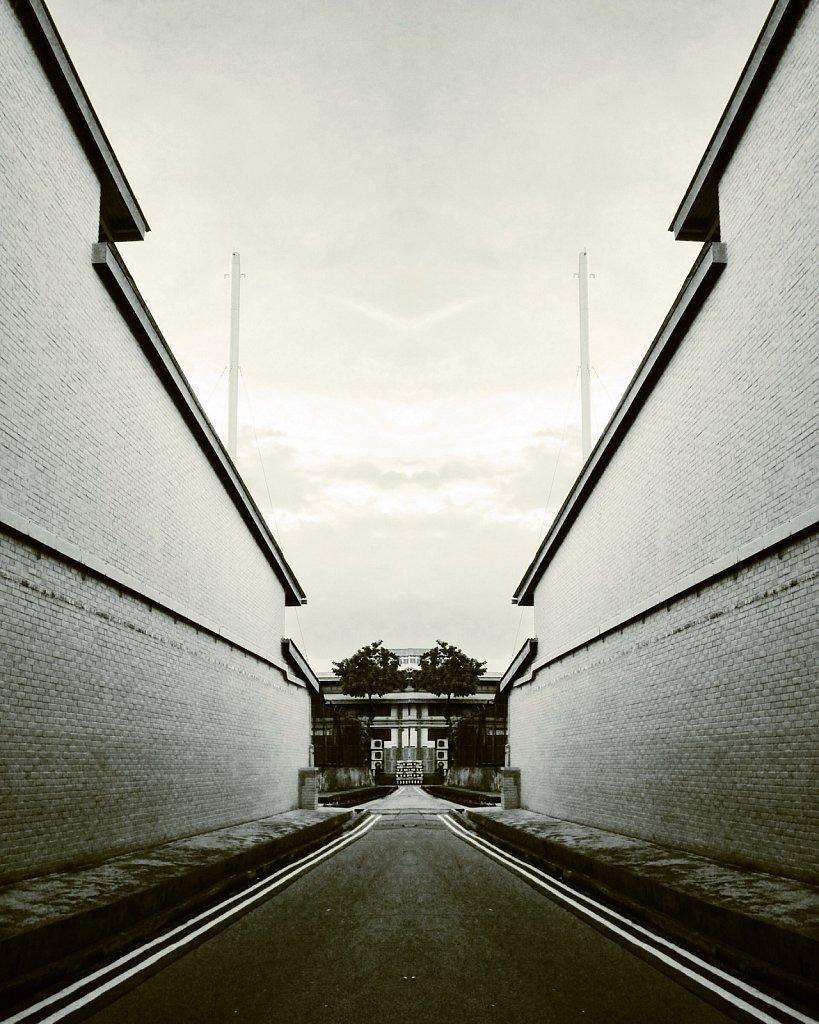 Mirror-Alley-Mono.jpg