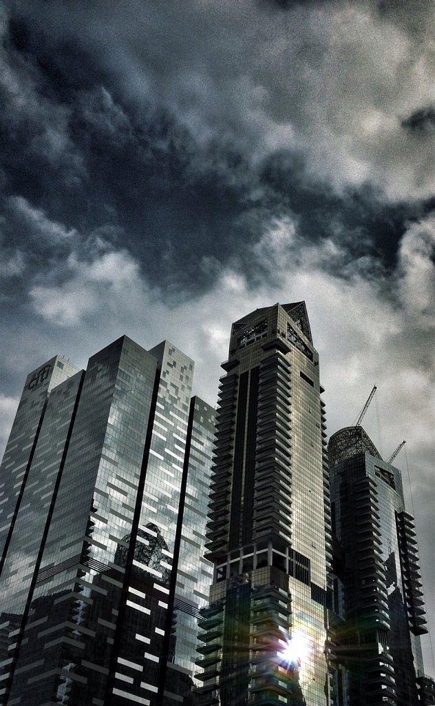 City-storm-brewing-Teelip-i7-PC.jpg